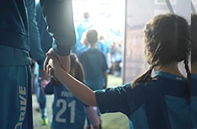 Как вывести футболистов на поле?