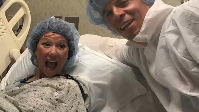 В Нью-Джерси пара поженилась за несколько минут до рождения ребёнка