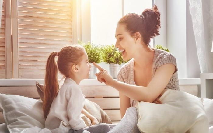 7 фраз, которые вы обязательно должны говорить своему малышу каждый день