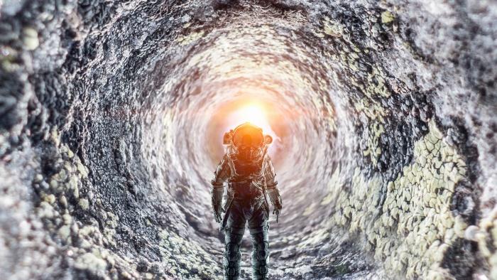 Путешествие к центру чёрной дыры. Что ждет человека за горизонтом событий?