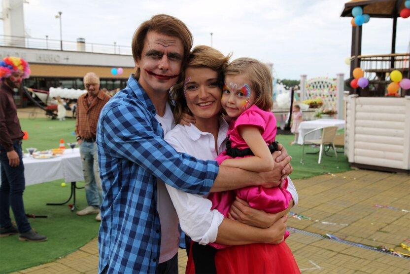 Надежда Михалкова поделилась фотографией сына