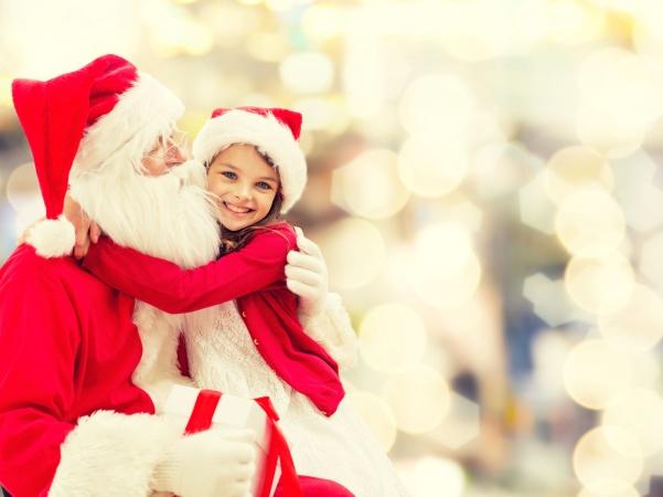 Россиянин стал Санта-Клаусом для девочки из Австрии, когда случайно получил её новогоднее письмо