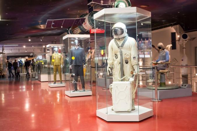 Последние майские уроки он-лайн! Математика, физика, астрономия прямо в Музее Космонавтики!