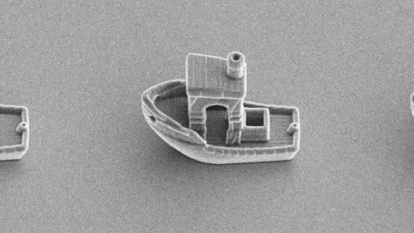 Ученые напечатали самую маленькую лодку в мире