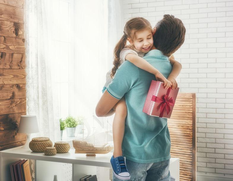 """Стали известны имена победителей 5-го розыгрыша """"Фабрики подарков"""""""