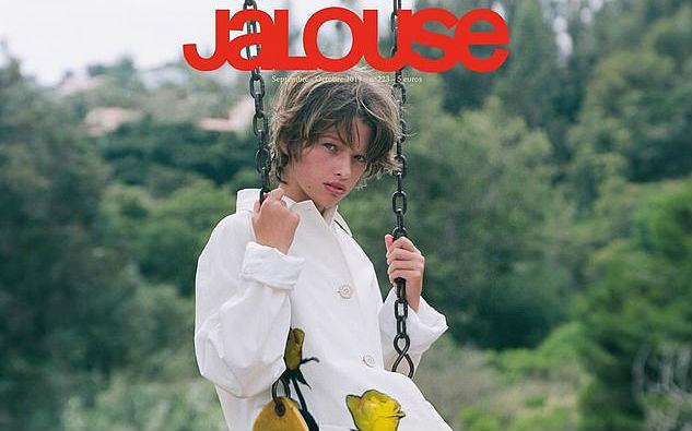 Не отличить: 11-летняя дочь Миллы Йовович появилась на обложке журнала